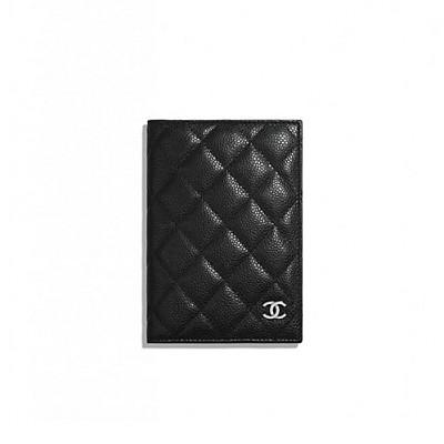 CHANEL-A80385 샤넬 블랙 캐비어 클래식 여권 케이스
