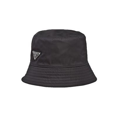 PRADA-1HC137 프라다 블랙 나일론 트라이앵글 로고 레인 햇 버킷 모자